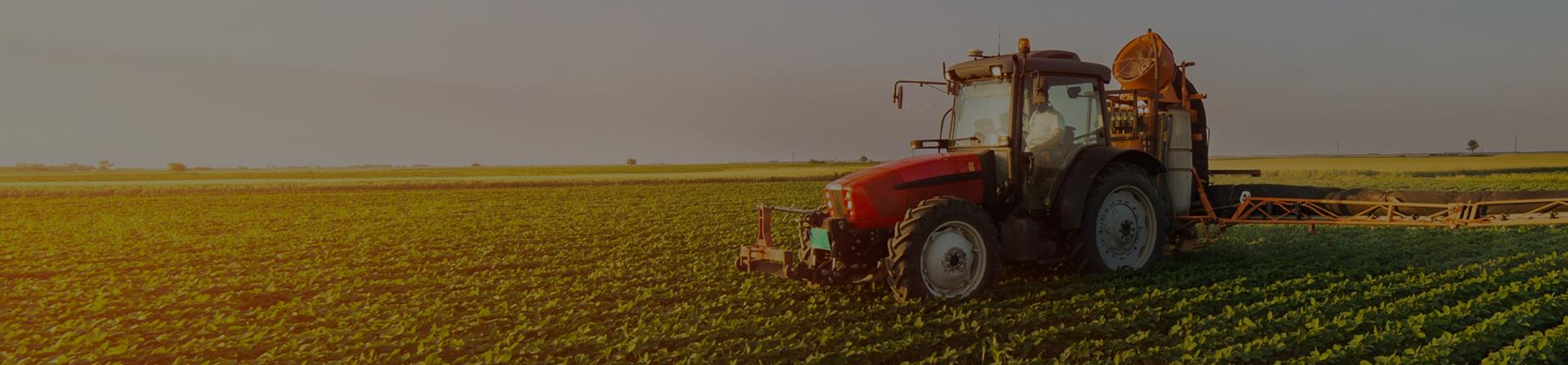 Ne-am angajat să oferim clienților noștri utilaj agricol de performanță.