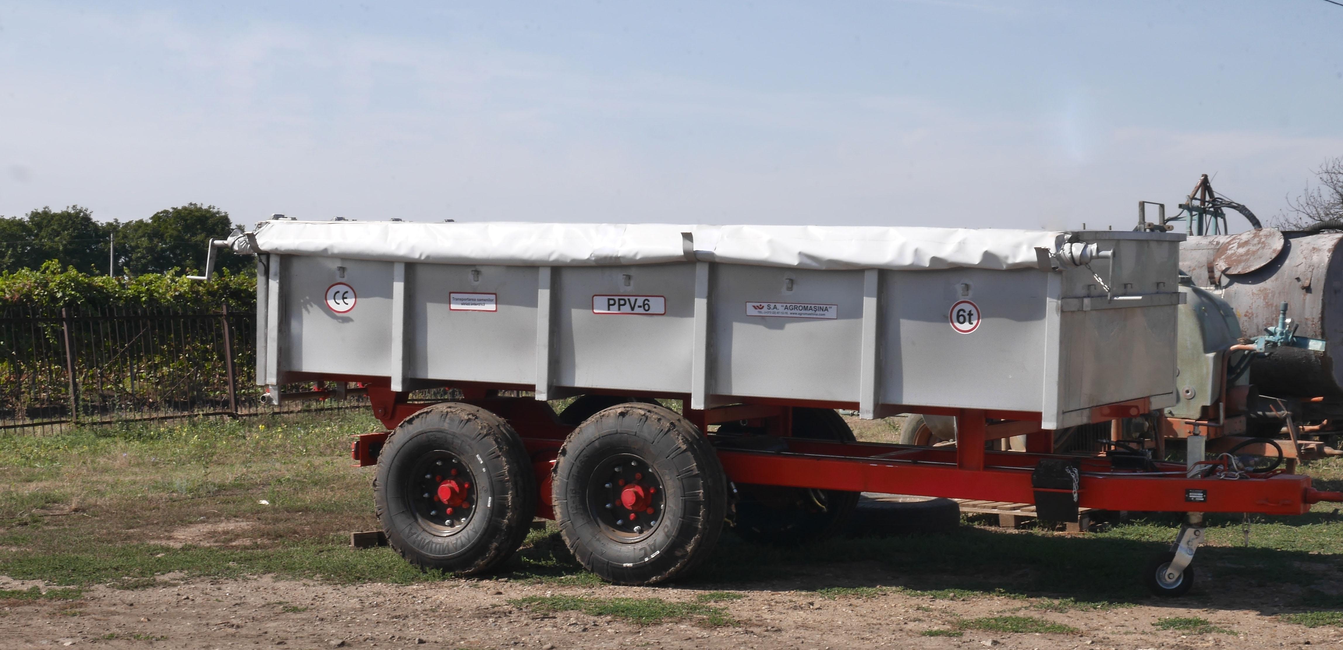 Semiremorca pentru transportarea strugurilor PPV-6 (6t) - Image 2